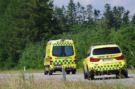 Politiet kaldt ud til solouheld i Auning