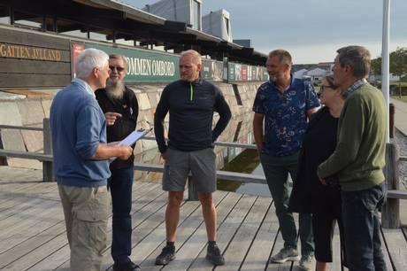 Mandag er Ole Bollesen atter klar til en frisk morgengåtur i Ebeltoft med start klokken 7.30 fra Fregatten Jylland. Foto: Lars Norman Thomsen