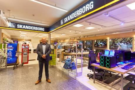 A/S EL-Salg leverer sit bedste resultat nogensinde. Den landsdækkende kæde af forbrugerelektronikbutikker har blandt andet fordoblet sin onlineforretning det seneste år.