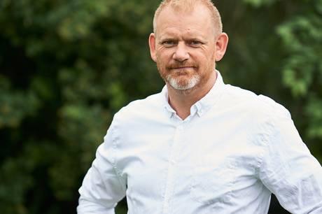 Hovedbestyrelsesformanden for Thorsø - Tungelund IF Dan Brandt er blevet kåret som Årets Leder ved Lokalavisen Favrskovs prisoverrækkelse Guldfesten