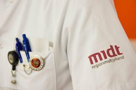 Patienter vil få besked gennem e-boks, brev eller telefonopkald, oplyser Region Midtjylland.