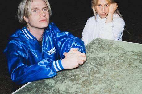 Sangerinde Amanda Glindvad og producer Mathias Pedersen Smidt udgør duoen Jærv. Pressefoto