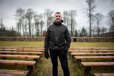 Skanderborg Festival Klub er gået i tænkeboks efter aflysning af Smukfest. »Vi må finde på noget,« siger talsmand Søren Eskildsen.