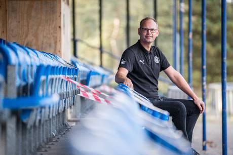 Frederik Nicolajsen er formand for Grenaa IF Fodbold. Pressebillede