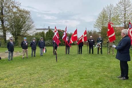 Borgmester Jan Petersen holdt tale ved mindehøjtideligheden. Foto: Inger Kjær