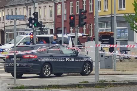 To mænd fremstilles i grundlovsforhør i sag om grov vold mod 20-årig mand i Horsens i går.