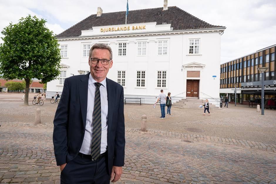 Bankdirektør, Lars Møller Kristensen,  er tilfreds med bankens regnskab for årets første kvartal. Prfoto