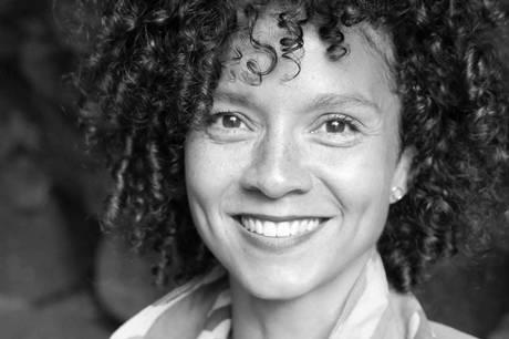 Julia Fearrington er født og opvokset i Danmark med sort amerikansk far og hvid dansk mor. Prfoto