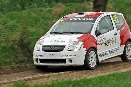 Frank Nielsen, der driver Midtbyens Auto iSkanderborg, og Per Brodersen var godt kørende i Stoholm. Foto: rallypics.dk – Viggo Johansen