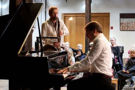 Klarinettisten Rasmus Krøyer og pianisten Eskild Winding kan opleves 30. maj. Prfoto