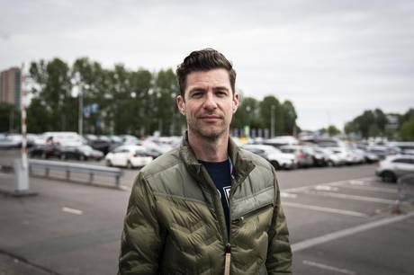 Der var ikke plads til danske Fyr Og Flamme i Eurovision-finalen. Men andre danskere kan måske redde æren.