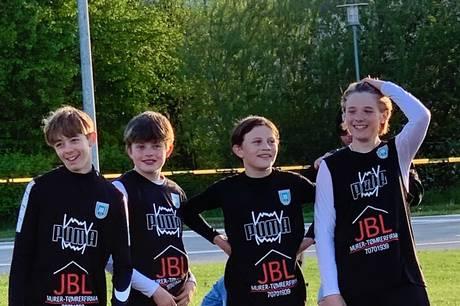 U13-drengene Frederik Jochumsen, Malthe Væver, Samuel Sønderskov og Kristoffer Olivarius fra Skanderborg Håndbold har kvalificeret sig til DM i beachhåndbold. Privatfoto