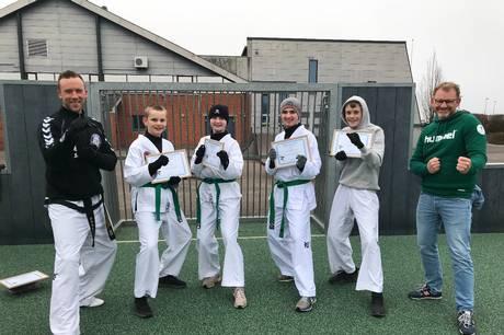 Fodbold-frivillig og taekwondo-udøvere snuppede priser og hæder i Thorsø Tungelund-IF.