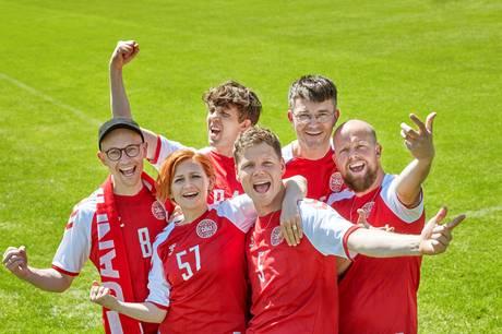 """Popbandet Alphabeat står bag den danske fodboldsang til EM i fodbold i år. Sangen hedder """"Danmarks Dynamite""""."""