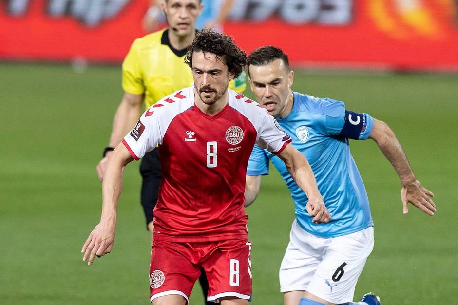 Thomas Delaney spiller fast i Dortmund og er en af de første på landstræner Kasper Hjulmands holdkort. Med arbejdsraseri, ydmyghed og en hårpragt, som har fået sine egne slagsange, har  Delaney gjort sig til en af landsholdets mest populære spillere.