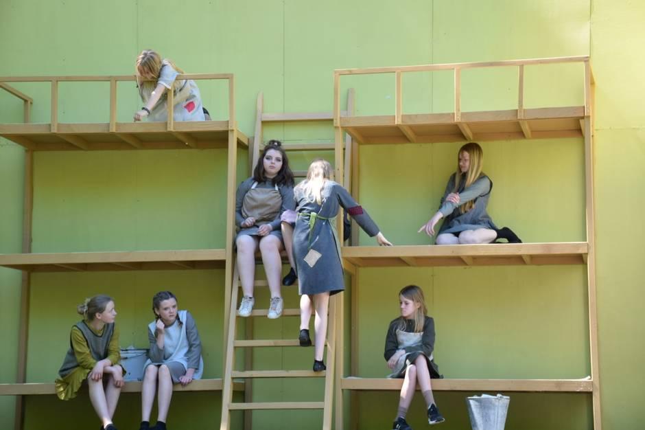 17. juni blænder Busbjerg Spillene op for årets forestilling 'Annie'. I år er der kun plads til 500 tilskuere mod normalt 1000.