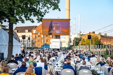 Ti tirsdage i træk åbner Aarhus Street Food op for gratis sommerbio. Foto: Aarhus Street Food.