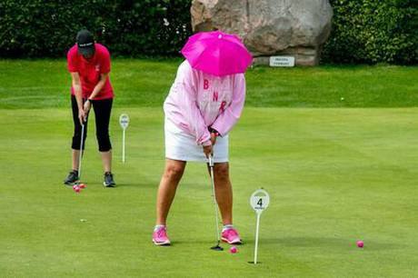 Tradition holdes ved lige på golfbanen.