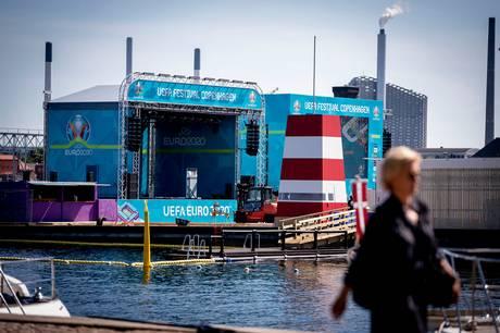 "EM-fanzonen ""Football Village"" er snart klar på Ofelia Beach i København. Foto: Liselotte Sabroe/Ritzau Scanpix"