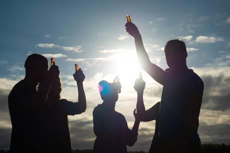 15. juni klokken 18-19 er der borgermøde under titlen 'unges uro i Hammel'. Flere tiltag er allerede sat i søen for at dæmpe uro fra feststemte unge.