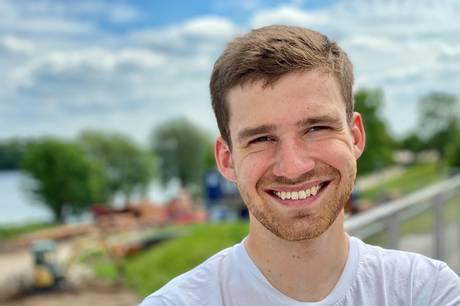 21-årige Søren Vosgerau fra Skanderborg kører i den kommende weekend DM i cykling.