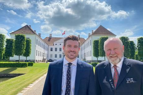 31-årige Christian Berner overtager det østjyske gods og slot fra sin far