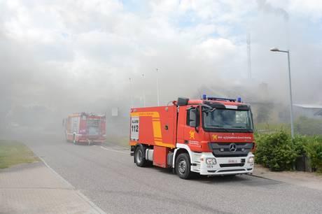 Der er lørdag eftermiddag brand i autolakererfirmaet House of Paint på Industrivej i Rønnede. Foto: Presse-fotos.dk
