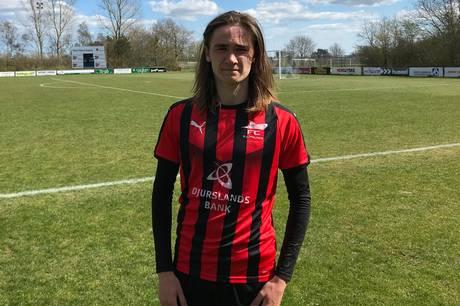FC Djursland vandt pokalkampen mod IF Midtdjurs med 4-2. Mikkel Sloth blev matchvinder med tre mål.