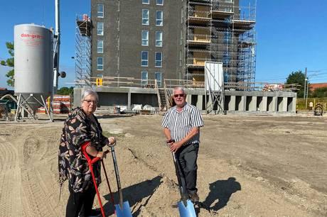 Første spadestik på 30 nye boliger på attraktiv placering i Grenaa.