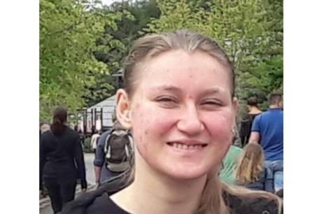 Kig i jeres haver, garager, skure og udhuse, lyder opfordringen fra Midt- og Vestjyllands Politi til alle borgere i Lemvig, srligt i omrdet omkring Lemtorp, i hbet om at finde den forsvundne, 19-rige Oline.