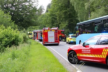 Det voldsomme solouheld skete på Klemstrupvej i Ryomgård. Foto: Øxenholt Foto
