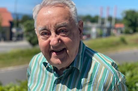 Da Hans Røigaard meldte sig som vægter i Ebeltoft, så ændrede det hans liv og gav ham venner for altid. Han har været Ebeltoft Vægterlaugs oldermand siden stiftelsen i 1966.