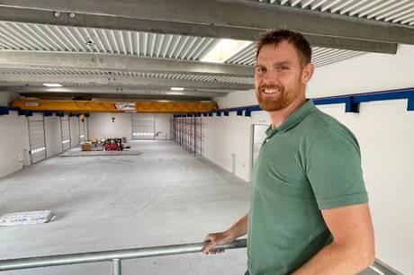 Hammel-virksomhed har bygget nyt hovedsæde og har brug for flere medarbejdere