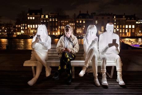 En række nationale og internationale lysværker skulle i 2020 have indtaget Aarhus. Det bliver i stedet i år, aarhusianerne kan opleve de imponerende værker flere steder i byen.