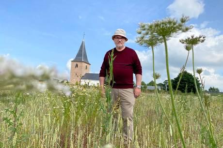 Et fem hektar stort område syd og vest for Haldum Kirke vil over de kommende år udvikle sig til naturkirkegård.