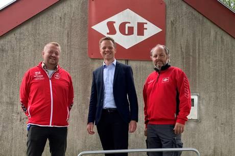 John Frandsen Hinnerup giver et beløb til SGF Venner, når et hus i Søften sættes til salg gennem ejendomsmægleren.