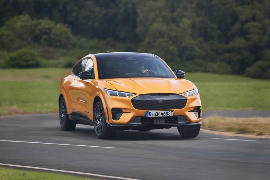 Ford klar med supersportslig Mustang Mach-E GT, der yder 487 hk og klarer 0-100 km/ t. på 3,7 sek.