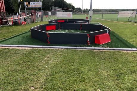 To panna baner står klar til brug ved siden af kunstgræsbanen AC Huse Park på Ryomgård Stadion. Nu gælder det en Goal Station.