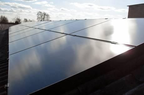 Jørgen Warberg påpeger bl.a., at en solcellepark vil skabe genskin til gene for omgivelserne. Arkivfoto