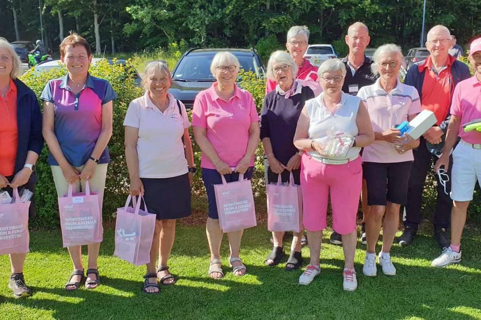 40 deltog i Pink Cup i Grenaa Golfklub.