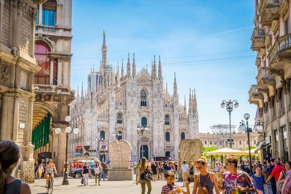 Der vil fra 1. november 2021 afgå to ugentlige formiddagsfly til Italiens næststørste by, Milano.