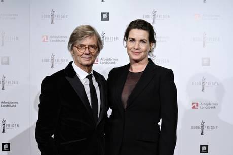 Den verdensberømte danske filminstruktør Bille August har i mange år kæmpet for balancen mellem arbejdsliv og privatliv. Først nu er det lykkedes med hustruen Sara-Marie Maltha.