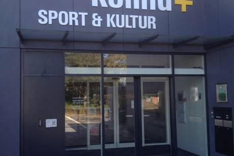 Rønde Idrætscenter er fortsat centrum for Covid-19 vaccinationerne i Syddjurs, og det tvinger arrangørerne af Syddjurs Award 2021 til at flytte showet til Kolind+.