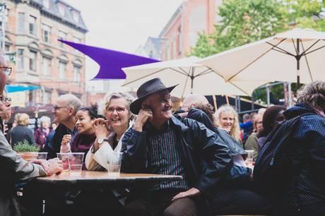 Klostertorv er under Aarhus Festuge forvandlet til kulturfestivalen Cluster Square. Pressefoto