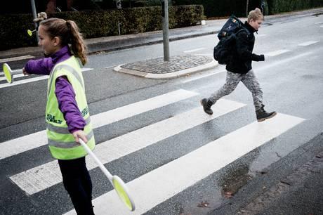 Borgmesterpartiet fremsætter et forslag til øget tryghed ved transport til og fra skoler og dagtilbud. Det indebærer blandt andet bilfri 'tryghedszoner'.