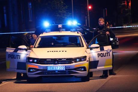 Der var ikke nok meter til at bremse i, da der lørdag aften skete et uheld på Randersvej i Aarhus.