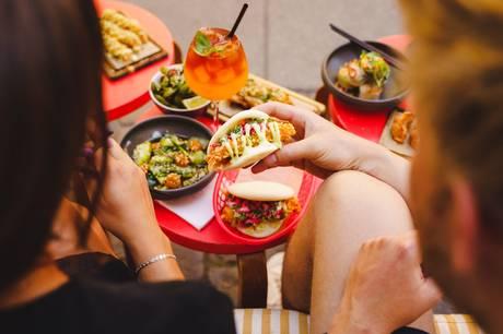 Restaurantkæden Madklubben slår til efteråret dørene op til et asiatisk spisested, der får en attraktiv placering midt i Aarhus.