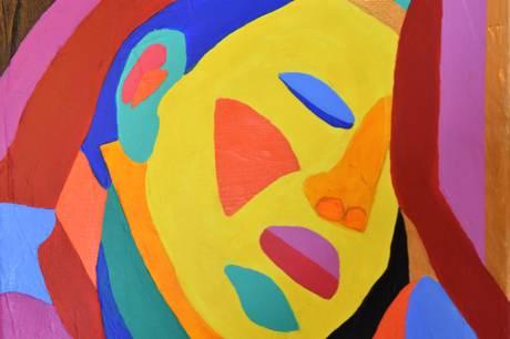 """Kai Nielsens skulptur """"Aarhus-pigen"""", som står i Rådhusparken, kan i år fejre 100 års jubilæum. I den anledning hylder den aarhusianske kunstner Henrik Platz skulpturen i en serie ekspressive og farvestrålende malerier som kan ses på Folkestedet."""