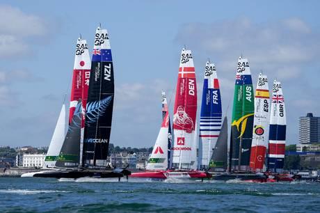 Den internationale sejlsportsbegivenhed Sail GP rammer Aarhus Havn i uge 33 med masser af maritime aktiviteter for store og små. Weekenden byder på hele to ræs, hvor otte hold dyster mod hinanden i verdens hurtigste F50 katamaraner.