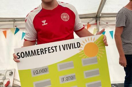 Efter pandemien, De ved nok, var sommerfesten forleden i Vivild en oplagt mulighed for mange for at mødes i et større fællesskab i lang tid.